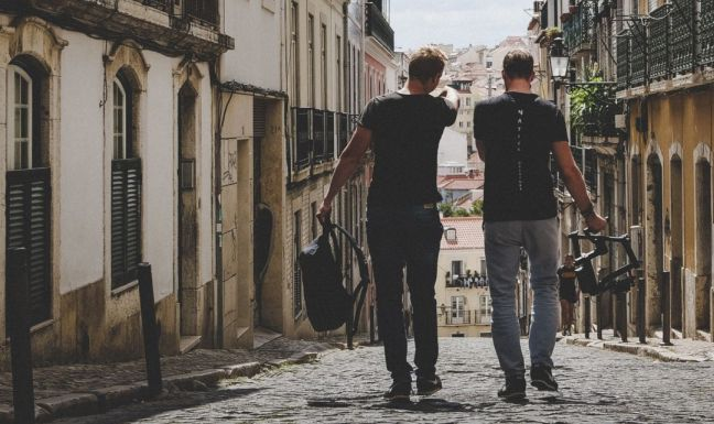 Como manter as amizades em tempo de dificuldades